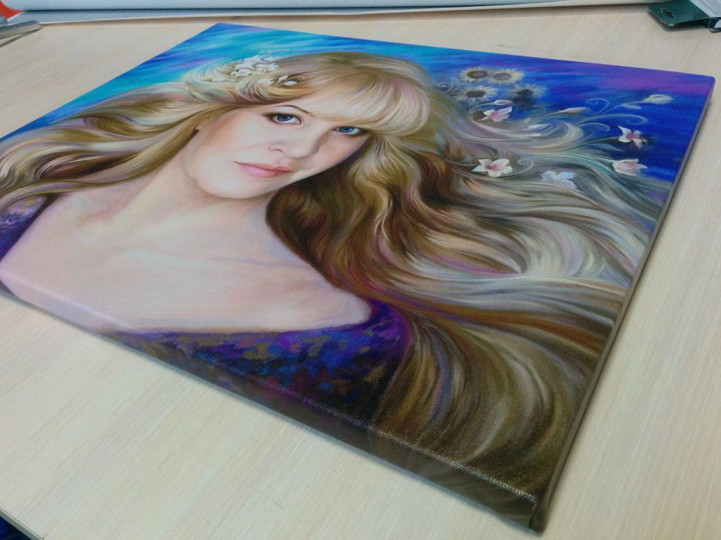подарок портрет на холсте во Владивостоке